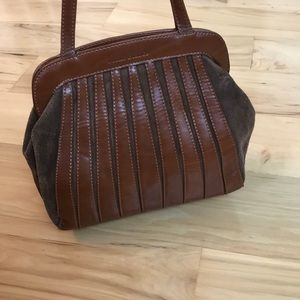 Melie Bianco adorable vegan leather handbag.